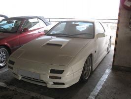 800px-MAZDA_RX-7_FC.jpg