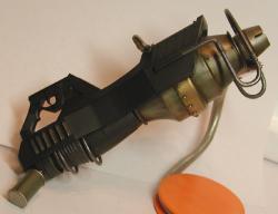 gunB0218d.jpg