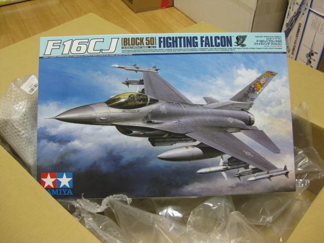 TAMIYA F?16CJ