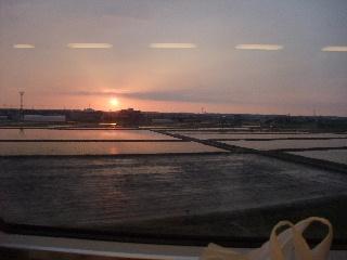 はくたか車窓からの夕日