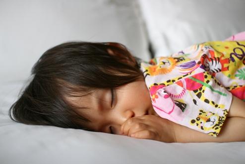 モゾコの寝顔アップ