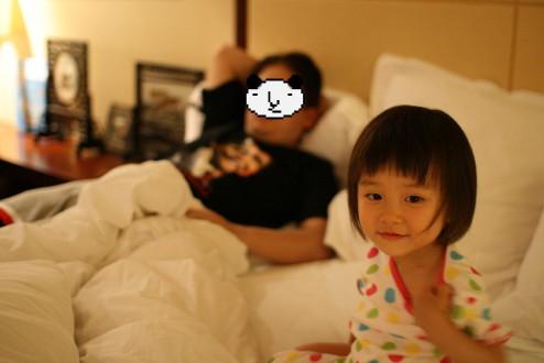 パパの寝かしつけ