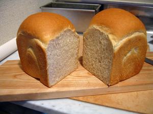 パン教室の山食パン