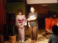 司会進行係の主催者、森山奈美さん【鳥居醤油店】女将さん鳥居正子さん