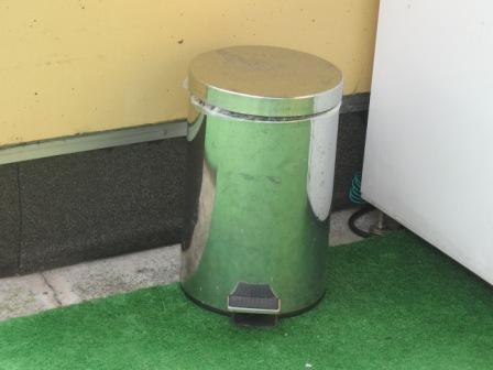ウンチいれゴミ箱