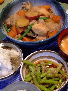鶏と野菜の煮たの