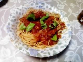 トマトバジルスパゲティ