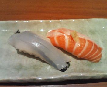 魚々市(やりいかとトロサーモン)