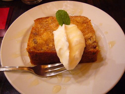 カンテ(キャレメルバナナナッツのケーキ)