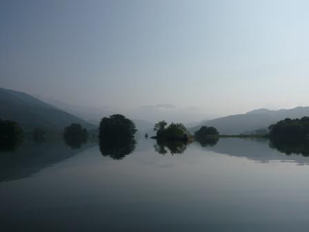 ナントカ湖