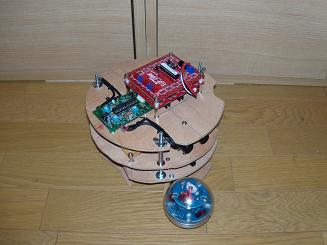 20090809 new robot's picture1