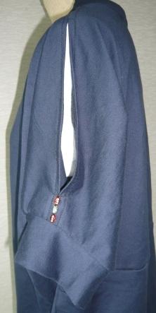 紺Tシャツ3