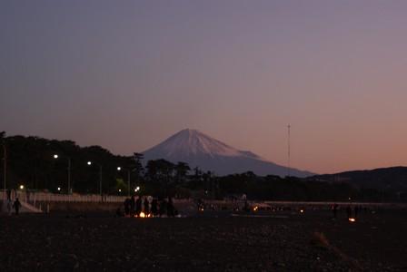 初日 朝富士