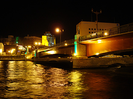 夜の幣舞橋