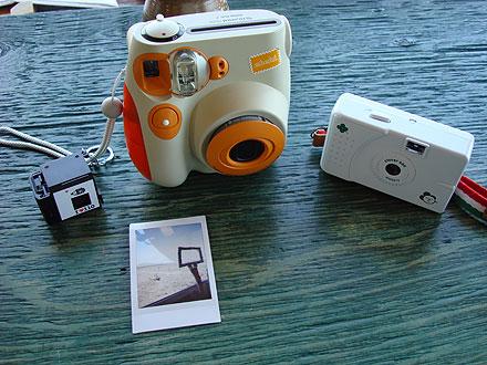 チェキとトイカメラ