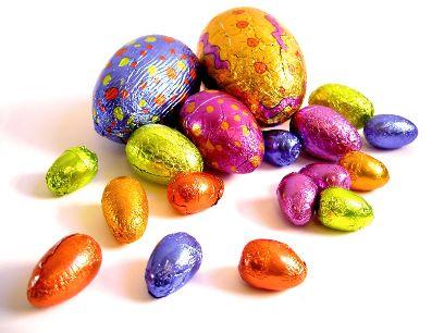 800px-Easter-Eggs-1.jpg