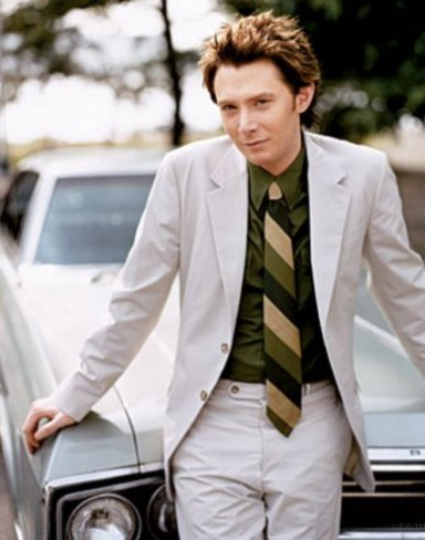 Clay_Aiken_photo_courtesy_of_the_Official_Fan_Cl--large-msg-116023010881.jpg
