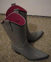 rainshoes2.jpg