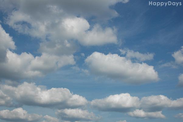 雲に乗ってどこか行きたいですね~