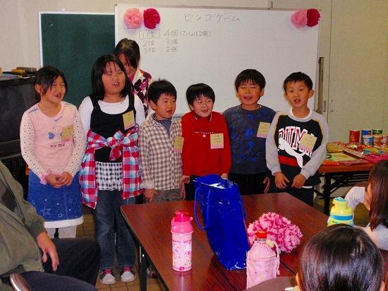 20100313西自治会子ども会6年生を送る会0003