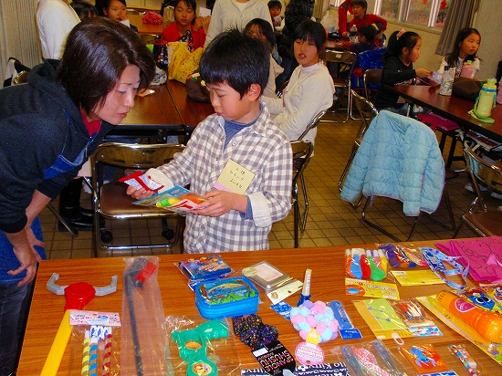 20100313西自治会子ども会6年生を送る会0008