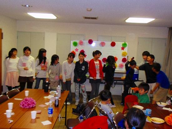20100313西自治会子ども会6年生を送る会0024
