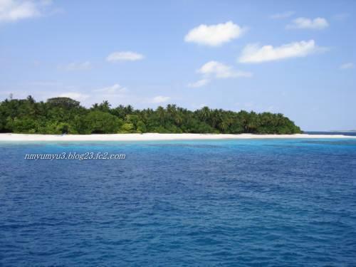 アリ環礁北部のとある無人島
