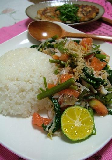 焼き魚のタイ風ナムル和えご飯