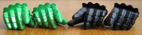 開き手(右)、ガイアメモリ握り手(右)、人差し指伸ばし手(左)、開き手(左)