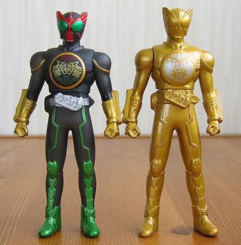 ②ソフビヒーロー 仮面ライダーオーズ【タトバコンボ】(オリジナルカラーバージョン)