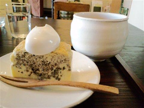 ごまのチーズケーキ