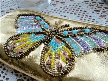 蝶々のポーチ