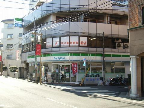旧早稲田通りを北上すると、サ ...