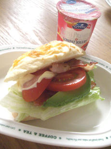Breakfast@Mon.jpg