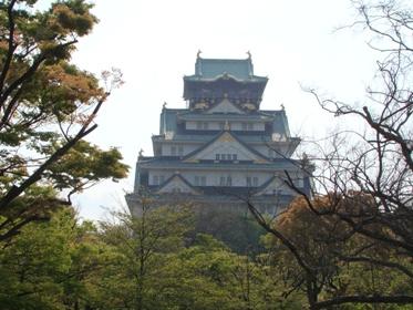 朝の大坂城