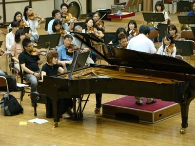 ベートーヴェン4番を弾く伊藤恵さん