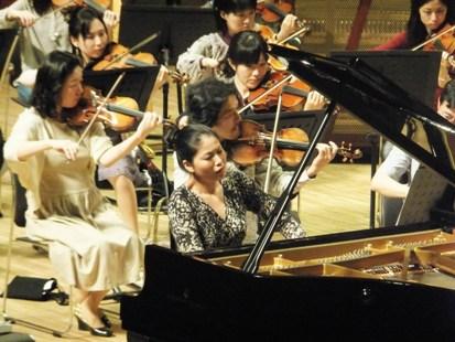 ラフマニノフ2番を弾く菊池洋子さん