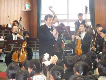 指揮者円光寺さんのご挨拶