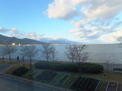 ホワイエから見える風景