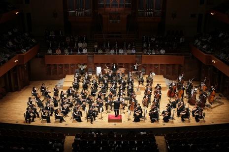 本番のオーケストラ全景