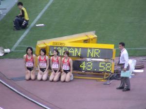 女子4×100mは日本新記録で優勝