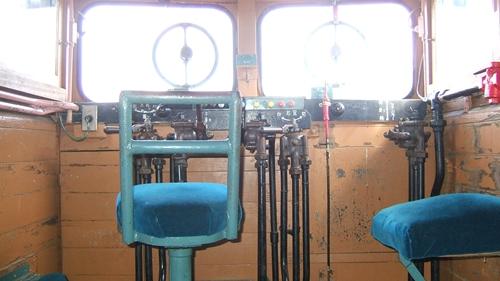 加悦SL広場ラッセル雪かき車運転席