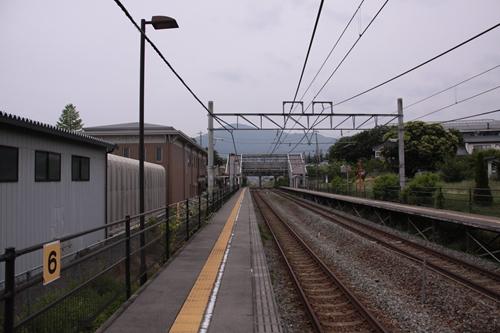 テクノさかき駅1番線ホーム篠ノ井方面