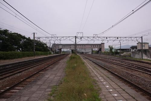 西上田駅2番線・3番線ホーム軽井沢方面