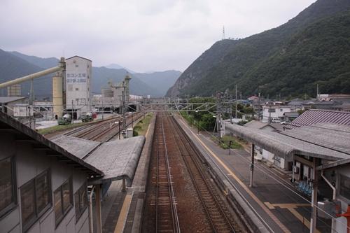 西上田駅駅構内