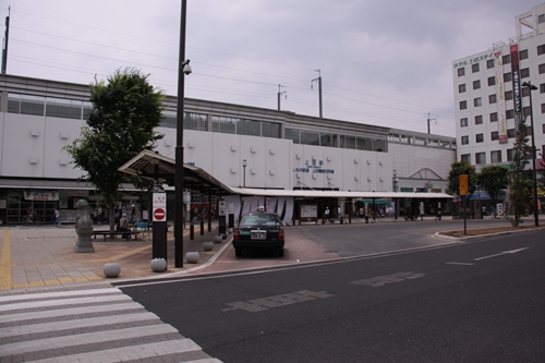 上田駅駅舎(お城口)