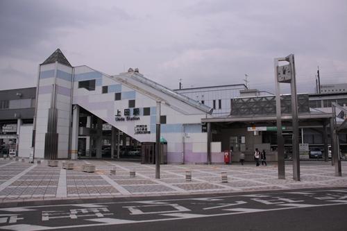 上田駅駅舎温泉口
