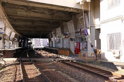 福大西福井駅駅構内1