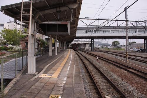 小諸駅1番線ホーム軽井沢方面