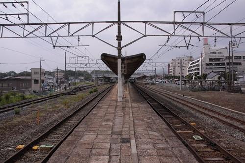 小諸駅2番線・3番線ホーム篠ノ井方面